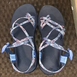 CHACOS LIKE NEW